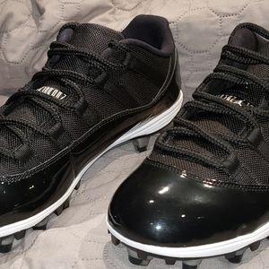 Nike Jordan 11 Retro Low TD Mens Football Cleats